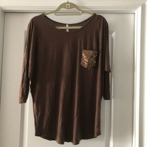 3/4 sleeve brown maternity shirt